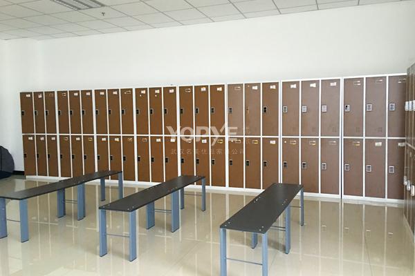 武汉办公家具工程案例更衣柜